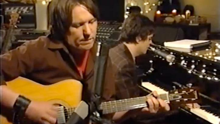 Elliott Smith Jams with Jon Brion in Lost VH1 Pilot