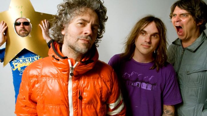 The Flaming Lips Dance as the 'Sun Blows Up Today' - Premiere