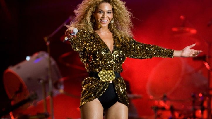 Beyonce Starts 'Countdown to Touchdown'