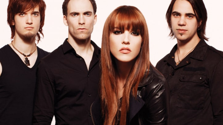 Halestorm Thank Their Fans in 'Freak Like Me' - Premiere