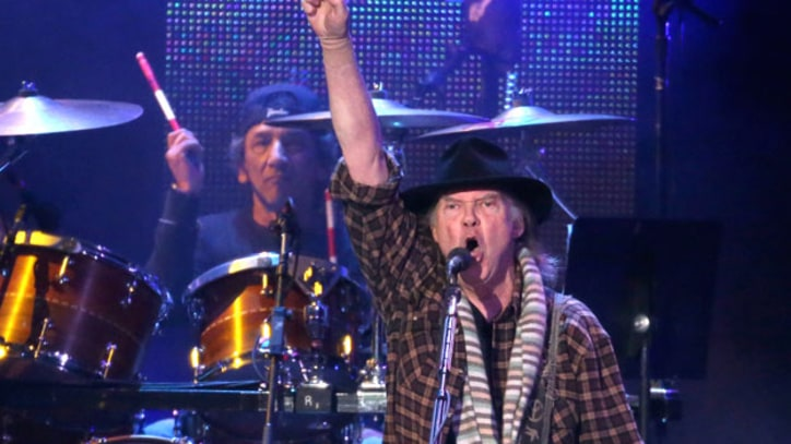 Neil Young and Crazy Horse Cover 'Born In The USA' at MusiCares Benefit