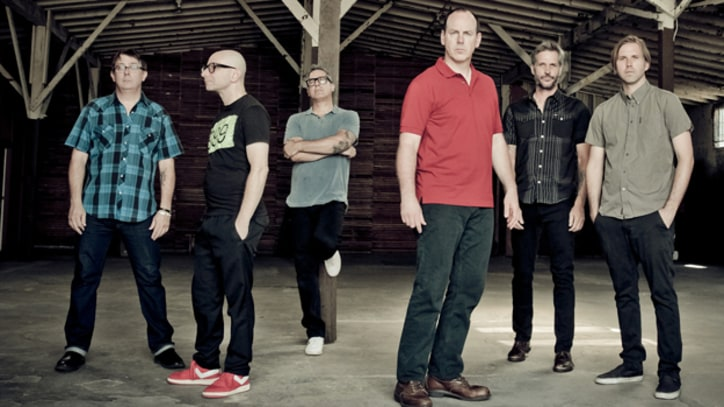 Bad Religion Find Their 'True North' - Premiere