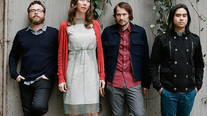 Silversun Pickups Blaze Through 'The Pit' - Premiere