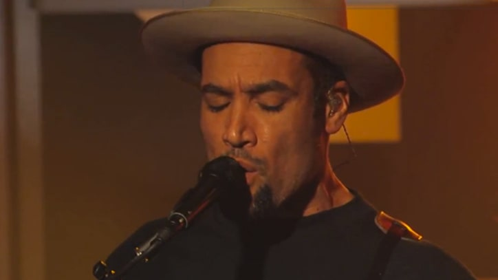 Ben Harper, Charlie Musselwhite Bring the Blues to 'Kimmel'