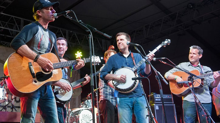 Dierks Bentley Jams with Ed Helms at Bonnaroo