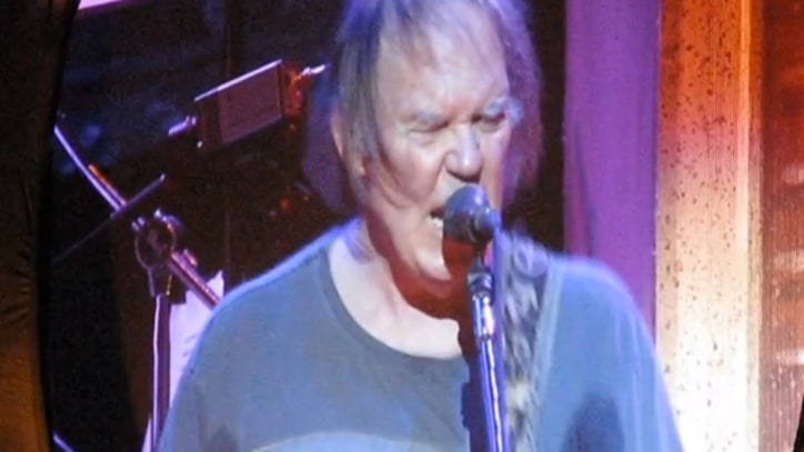 Video: Neil Young and Crazy Horse Play 'Hey Hey, My My' at 2013 Tour Kick-Off