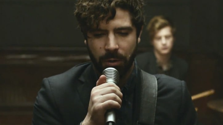 Foals Capture a Sinister Life Cycle in 'Late Night' - Premiere