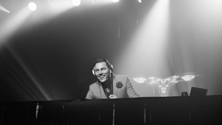 Tiësto Celebrates 'Paradise' LP With Icona Pop, Hardwell at NYC Bash