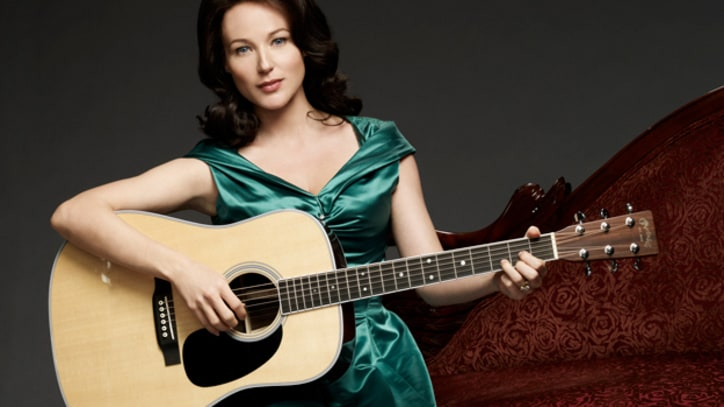 Jewel Croons as June Carter in 'Ring of Fire'
