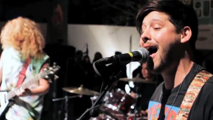 Wavves Bash Out 'Demon to Lean On' at SXSW - Premiere