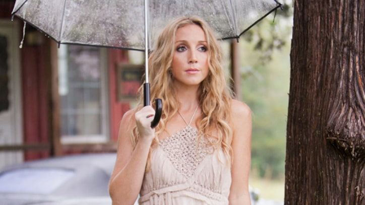 Ashley Monroe Puts Intimate Spin on 'Weed Instead of Roses'