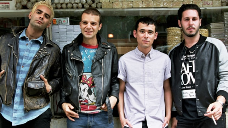 Band to Watch: The So So Glos