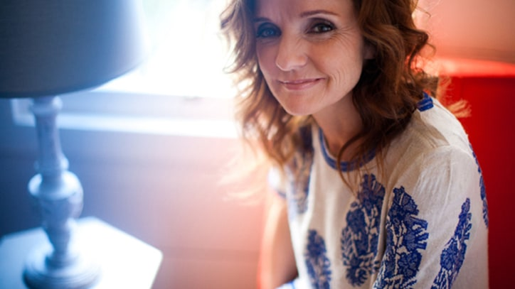 Patty Griffin and Robert Plant Journey to 'Ohio' - Premiere