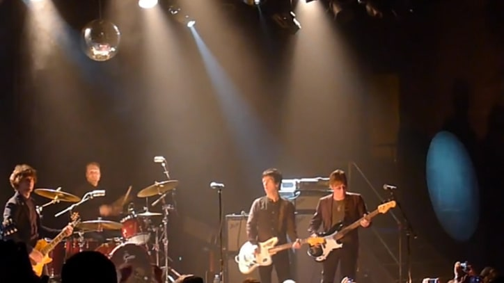 The Smiths' Johnny Marr and Andy Rourke Reunite in Brooklyn to Play 'How Soon Is Now?'
