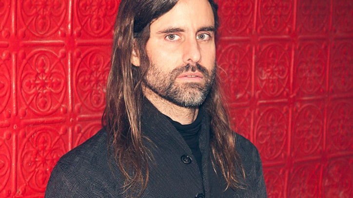 Andrew Wyatt Serenades the City in 'And Septimus ...' – Premiere