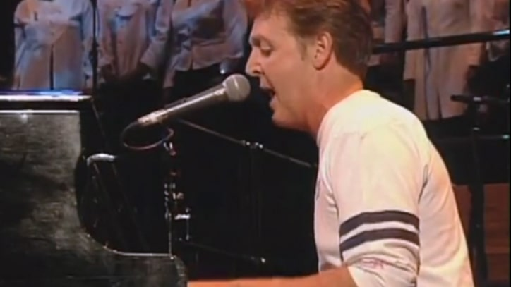 Flashback: Paul McCartney Performs 'Abbey Road' Medley in 1997