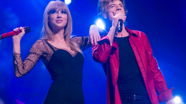 Taylor Swift Joins Rolling Stones for 'As Tears Go By'