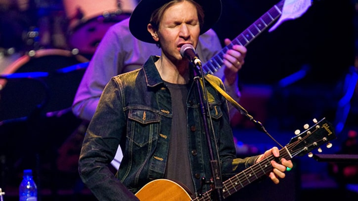 Beck Performs 'Song Reader' With Jarvis Cocker, Franz Ferdinand and More