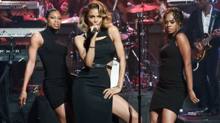 Ciara and Future Host 'Body Party' on 'Fallon'