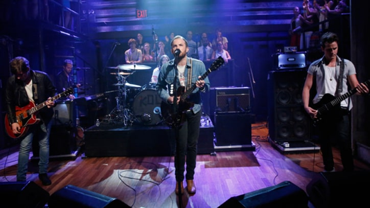 Kings of Leon Play 'Supersoaker' on 'Fallon'
