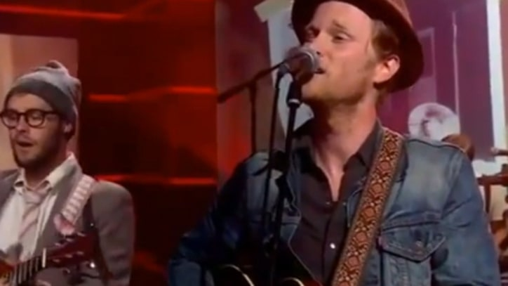 Lumineers Play a Pair of Songs on 'Colbert'