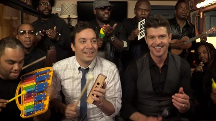 Robin Thicke and the Roots Toy with 'Blurred Lines'