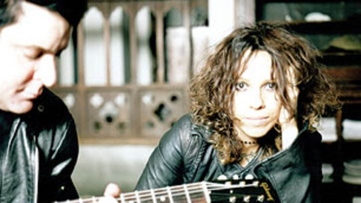 Linda Perry Forms New Band, Admits She Never Liked 4 Non Blondes