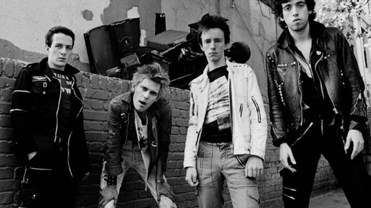 The Clash Rip Through '(White Man) in Hammersmith Palais' Live