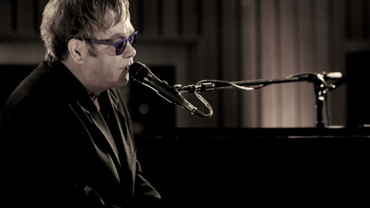 Elton John Takes 'Mexican Vacation' in L.A. Studio