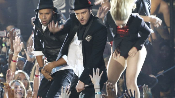 'NSync Reunites for Justin Timberlake's 2013 VMAs Video Vanguard Honor