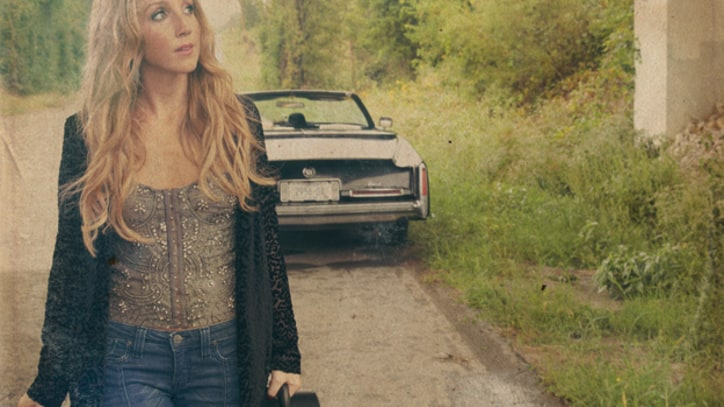Pistol Annies' Ashley Monroe Adores 'Weed Instead of Roses' - Premiere