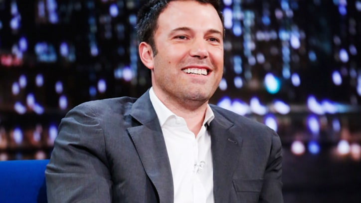 Ben Affleck Shrugs Off Batman Backlash