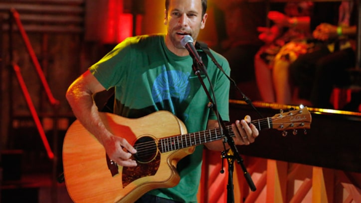 Jack Johnson Glows With 'Radiate' on 'Fallon'