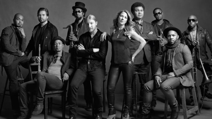 Tedeschi Trucks Band Jam Through 'The Storm' - Premiere