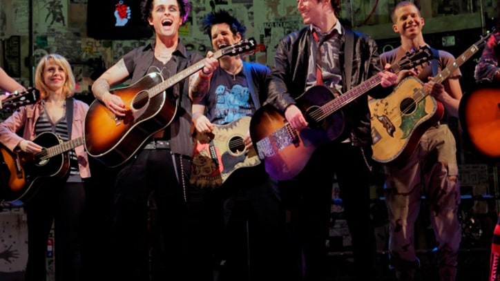 Green Day Revamp '21 Guns' in 'Broadway Idiot'