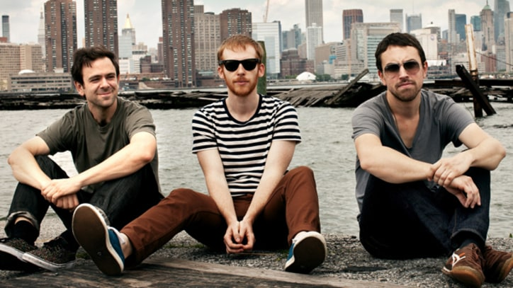 Kevin Devine and the G*ddamn Band Cash In on 'Bubblegum' - Premiere