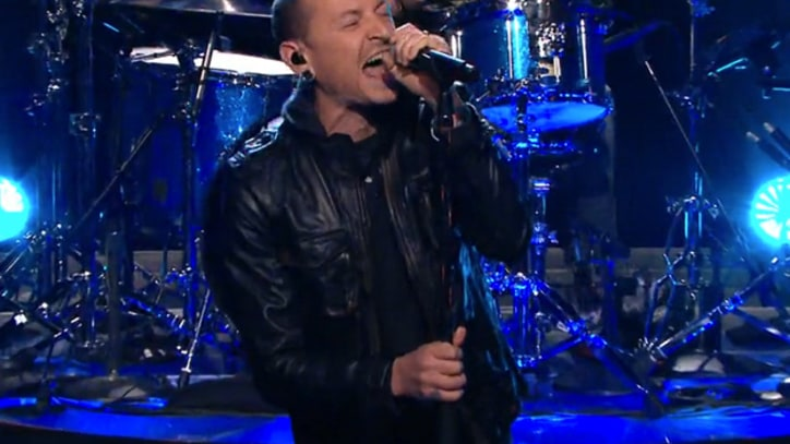 Stone Temple Pilots With Chester Bennington Rock 'Leno'