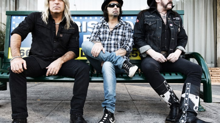 Motorhead Headbang Across the Globe in 'Heartbreaker' - Premiere