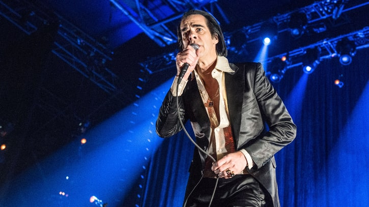 Watch Nick Cave Bring 'Goth Explosiveness' to L.A.'s Fonda Theater