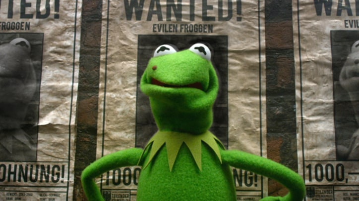 Kermit Is Framed in 'Muppets Most Wanted' Trailer