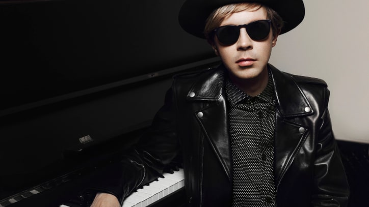 Beck to Release 'Song Reader' LP Featuring Jack White, Fun. and More