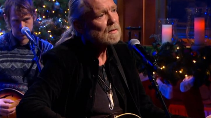 Gregg Allman, the National Sing 'Silver Bells' With Stephen Colbert