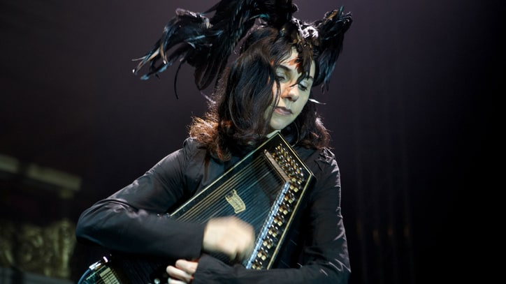 Watch PJ Harvey's Spellbinding 2011 Royal Albert Hall Debut