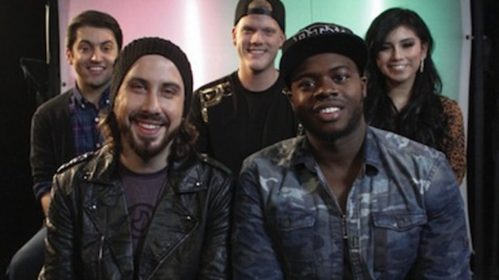 Merry PTXmas! Pentatonix Perform Their Holiday Hit at Yahoo