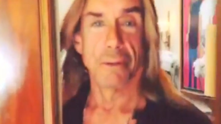 Iggy Pop Has an Incredibly Strange Christmas Greeting
