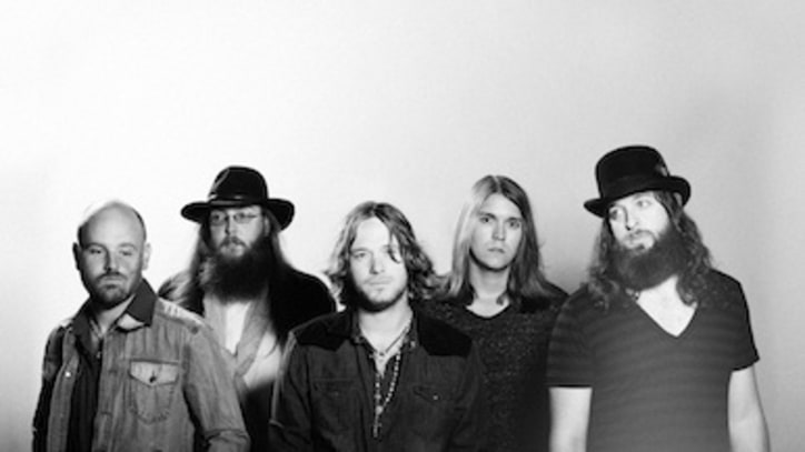 Texas Country-Rockers Whiskey Myers Offer Up 'Shelter From The Rain'