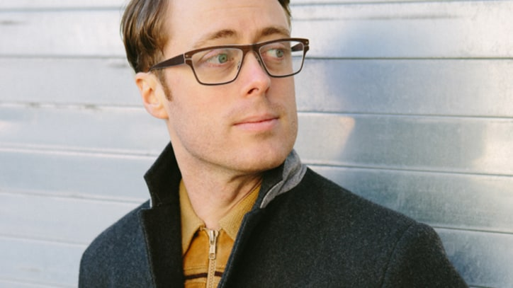 Jeremy Messersmith Looks for a 'Ghost' - Video Premiere