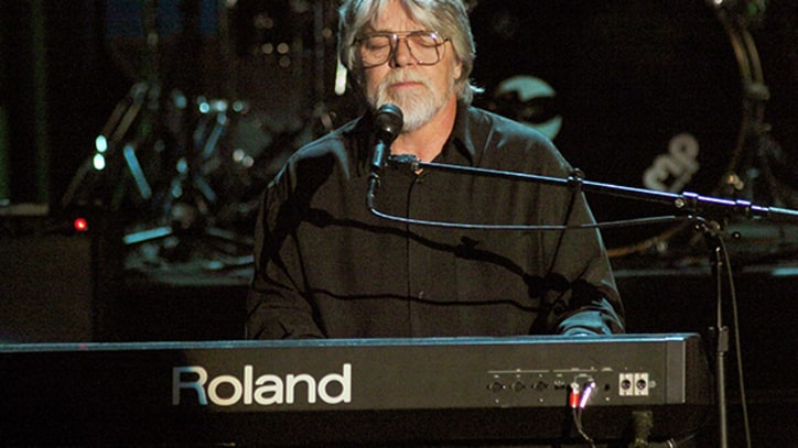 Flashback: Bob Seger 'Turns The Page' at the Hall of Fame in 2004