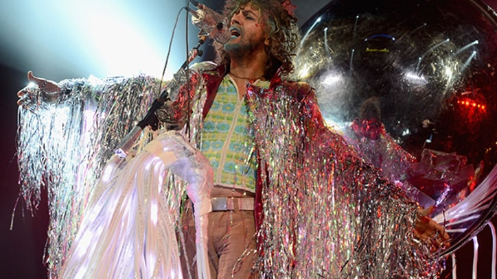Flaming Lips and Sean Lennon Visit 'Lucy in the Sky With Diamonds'