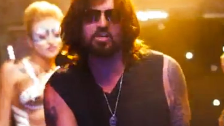 Billy Ray Cyrus Releases Hip-Hop Sequel to 'Achy Breaky Heart'